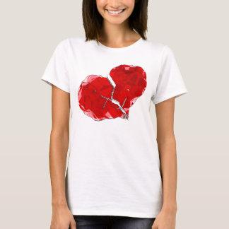 Defektes rotes Herz-Polygon-abstraktes Kleid