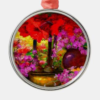 DEKORATIVE ROSA ORCHIDEEN U. ROTES SILBERNES ORNAMENT