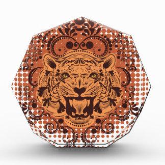 Dekoratives Tiger-Porträt Auszeichnung