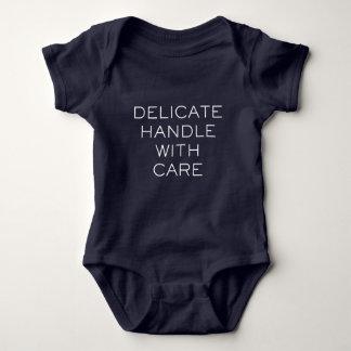 """""""DELICATE SPASS-BABY WACHSEN BABY STRAMPLER"""