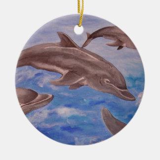 Delphin hohe fünf rundes keramik ornament
