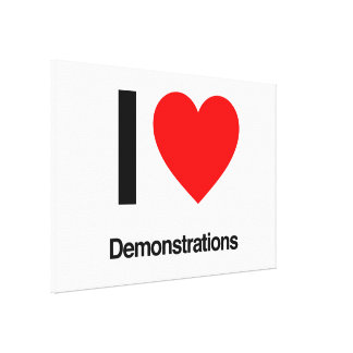 Demonstrationen der Liebe I Gespannte Galeriedrucke