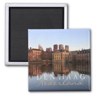 Den Haag Skyline im niederländischen Textmagneten Quadratischer Magnet