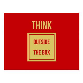 Denken Sie außerhalb des Kastenzitatrotes Postkarte