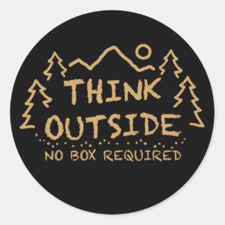 Denken Sie draußen, kein erforderter Kasten Runder Aufkleber