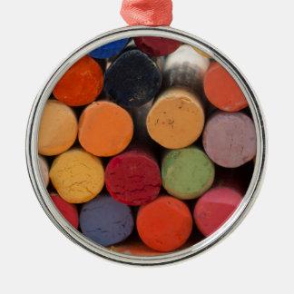 denken Sie in der Farbe Rundes Silberfarbenes Ornament