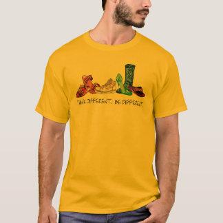 Denken Sie unterschiedliches.  Seien Sie T-Shirt