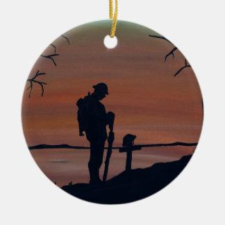 Denkmal, Veternas Tag, Silhouette solider am grav Keramik Ornament