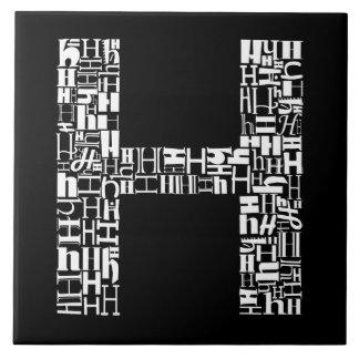 Der Alphabet-Buchstabe H Fliese