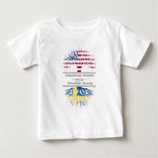 Der Amerikaner, der mit Schweden gewachsen wird, Baby T-shirt