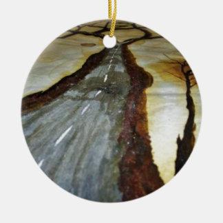 Der Baum des Lebens mit der Straße dieses Keramik Ornament