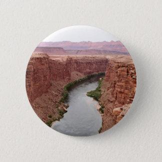 Der Colorado nahe Navajo-Brücke, Arizona, USA Runder Button 5,7 Cm