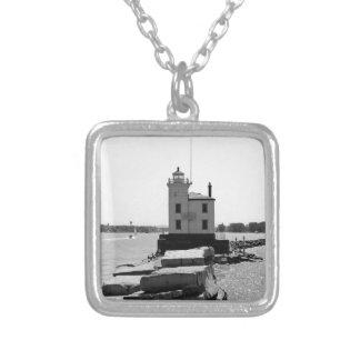 Der Eriesee-Leuchtturm Versilberte Kette