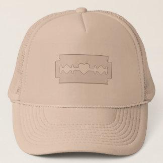 Der erste Schnitt ist - Hut das tiefste Truckerkappe