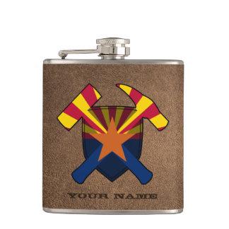 Der Felsen-Hammer-Schild-Arizona-Flagge des Flachmann