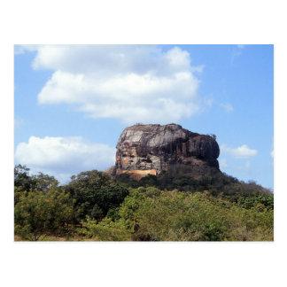 Der Felsen von Sigiriya in Sri Lanka Postkarte