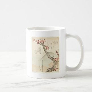 Der Fujisan hinter einem blühenden Pflaumen-Baum Kaffeetasse