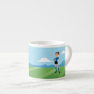 Der Fußball-Spieler des Mädchens personalisiert Espressotasse