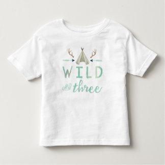 Der Geburtstags-Shirt des wilden und drei Stammes- Kleinkind T-shirt