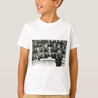 Der Gesetzgebungsbauch durch Honore Daumier T-Shirt