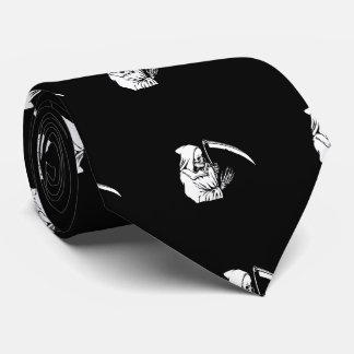 Der grimmige Sensenmann oder der Tod Krawatte