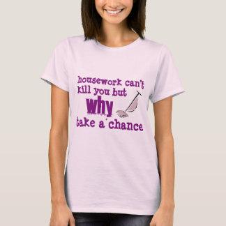 Der grundlegende T - Shirt der Hausarbeit-Frauen
