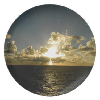 Der Himmel in Meer Flacher Teller