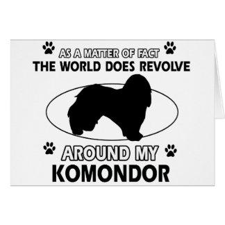 Der Hund rotiert um mein KOMONDOR Karte