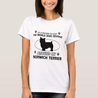 Der Hund rotiert um meinen Norwich-Terrier T-Shirt