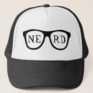 Der Hut des Nerd-Glas-schwarzes Horn eingefaßten Truckerkappe