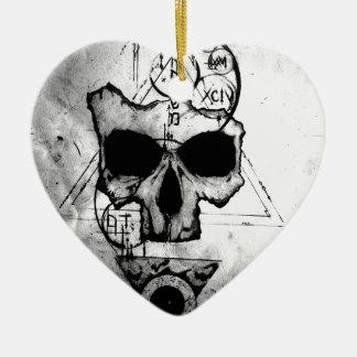 Der Hyman Schädel Keramik Herz-Ornament