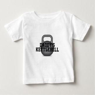Der Kettlebell des Vatis Baby T-shirt