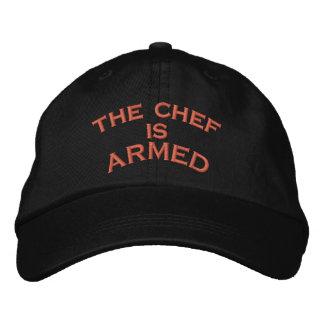 der Koch ist     BEWAFFNET Bestickte Kappe
