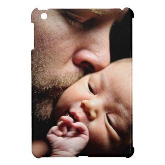 Der Kuss des Vaters iPad Mini Hülle