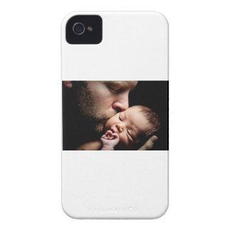 Der Kuss des Vaters iPhone 4 Etuis