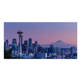 Der Mount Rainier im Hintergrund Poster