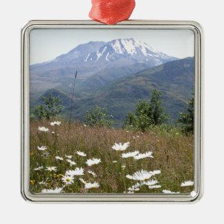 Der Mount Saint Helens Quadratisches Silberfarbenes Ornament