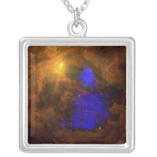 Der Orions-Nebelfleck im Infrarot Versilberte Kette