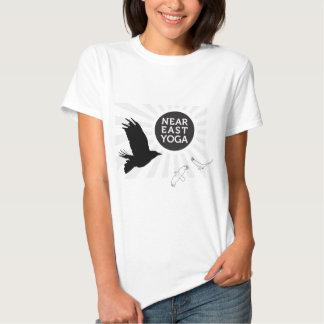 Der Osten-Yoga shwag T-Shirts