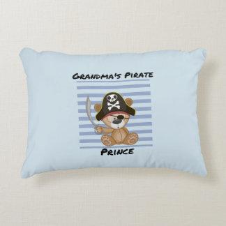 Der Piraten-Prinz Brushed Polyester der Großmutter Zierkissen