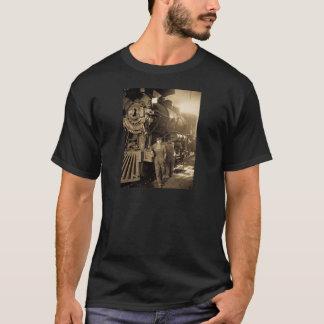 Der Roundhouse Rosies des Ersten Weltkrieges T-Shirt