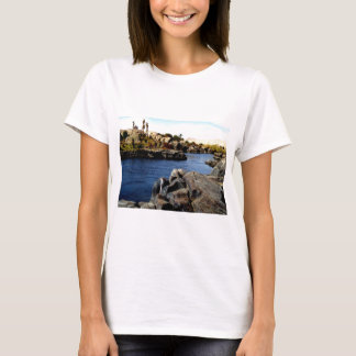 Der schöne blaue Nil in oberem Ägypten-Foto T-Shirt