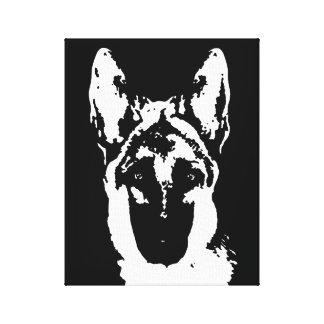 Der schwarze Schäferhund u. das Weiß wickelten Leinwanddruck