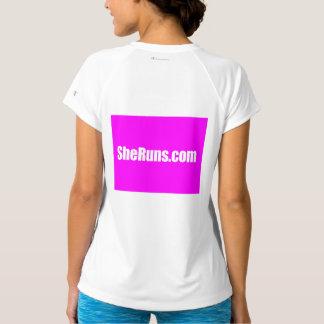 der Sport-Tek SheRuns.com-Frauen angepasster T-Shirt
