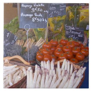 Der Stall des Straßenmarkt-Kaufmannes mit Weiß Kacheln