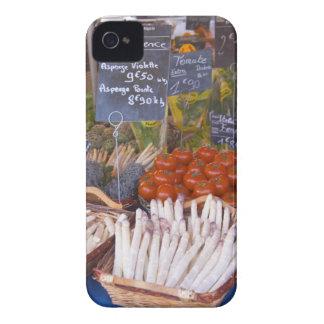 Der Stall des Straßenmarkt-Kaufmannes mit Weiß iPhone 4 Case-Mate Hüllen