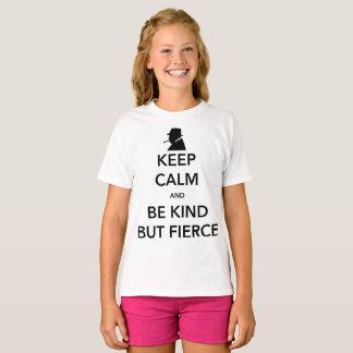 Der T - Shirt des heftigen Mädchens