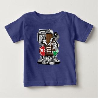 Der T - Shirt des Schokoladen-Gruppe-Babys