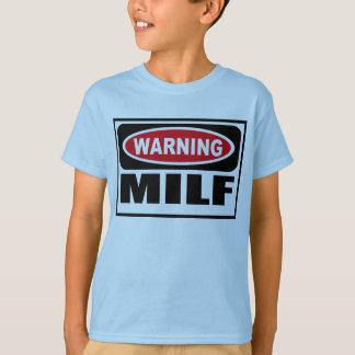 Der T - Shirt warnenden MILF Kindes