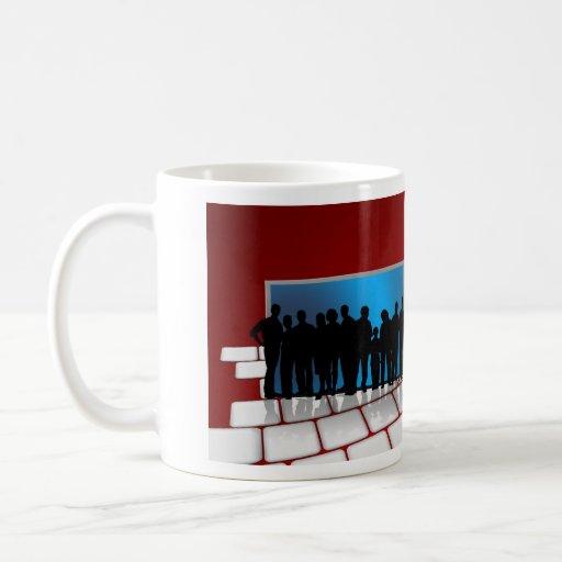 Der Tag des glücklichen Chefs mit Tastatur und Gew Teetassen